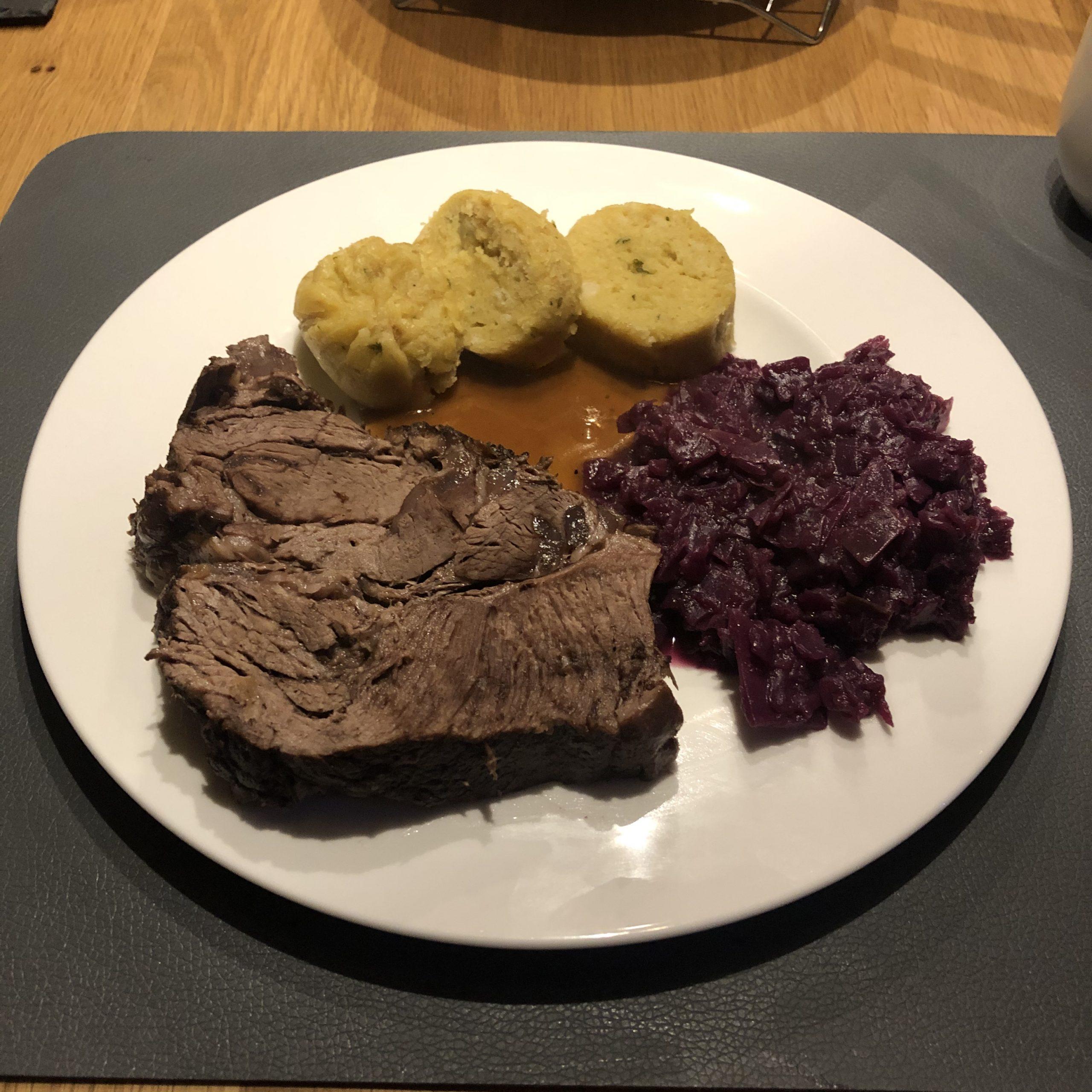 Rinderbraten vom US-Nacken aus dem Dutch Oven